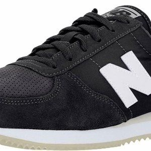 New Balance Women's 220v1 Sneaker Black/Magnet